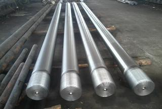 Cần piston bằng thép rèn (Forged alloy steel piston rod)